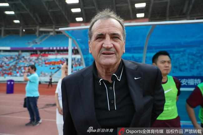 http://n.sinaimg.cn/sports/transform/20170612/uAEj-fyfzfyz3365419.jpg