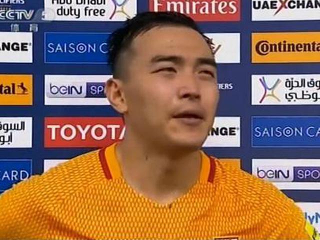 冯潇霆泪奔:已很努力