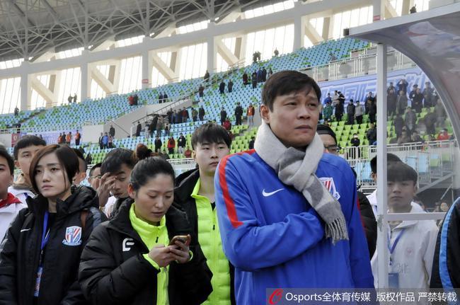范志毅、李毅等人出战足球怀旧赛事 为U19国足点赞
