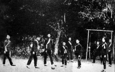 19世纪末足球运动由香港传入广东
