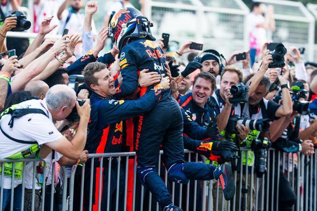里卡多庆祝胜利