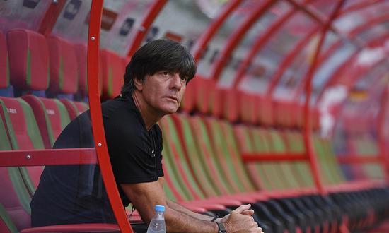 由勒夫给智利队点赞看中国足球的思想真空