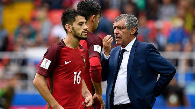 葡主帅:葡萄牙有C罗才更强 他就是世界最佳球员