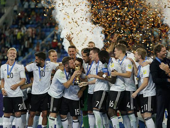 德国1-0擒智利首夺冠