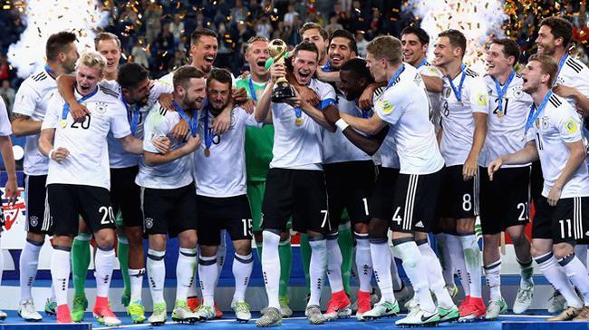 FIFA排名:德国两年后再返榜首 葡萄牙上升4位