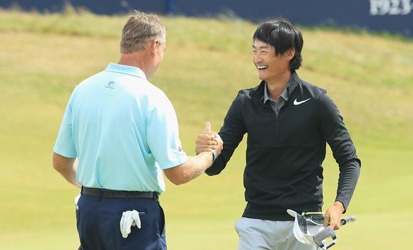 李昊桐英国公开赛飚63杆 第三名创中国历史