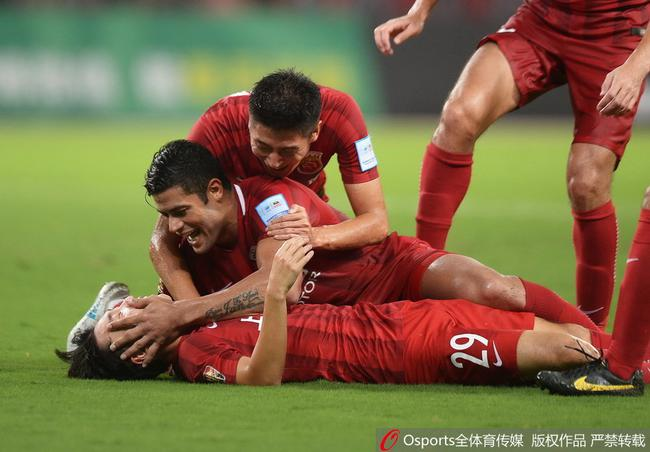 足协杯-上港总比分4-3逆转权健