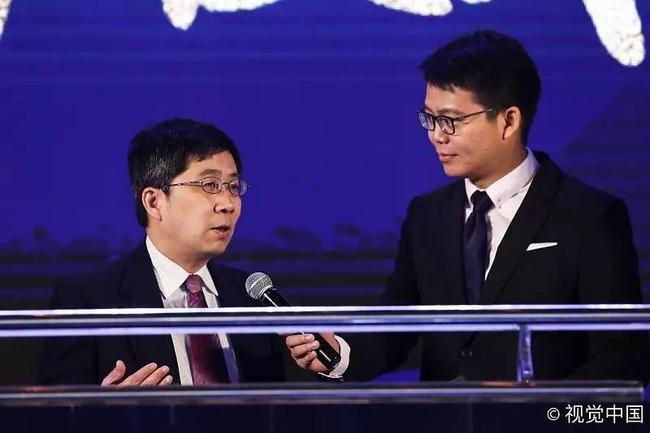 刘嘉远现场采访许基仁主任
