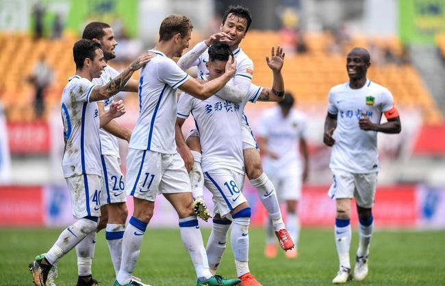 中超-老妖破僵U23世界波反戈 恒丰2-0富力4连胜