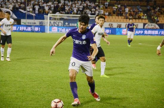 杨立瑜:盼下轮战辽足进球获胜 尽全力完成保级