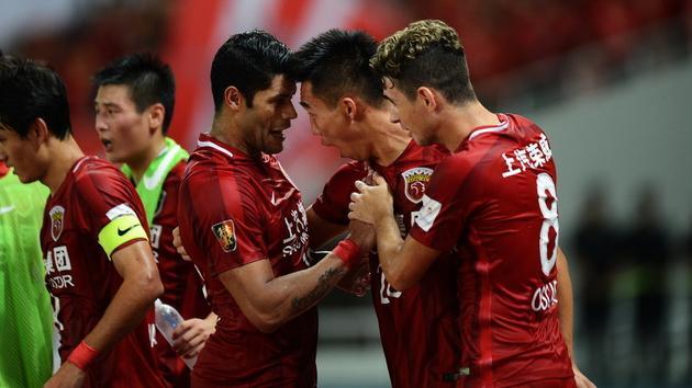 足协杯-上港2-1逆转 历史首胜恒大