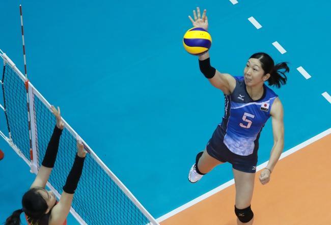 女排亚锦赛日本3-2逆转泰国 时隔10年重夺冠军