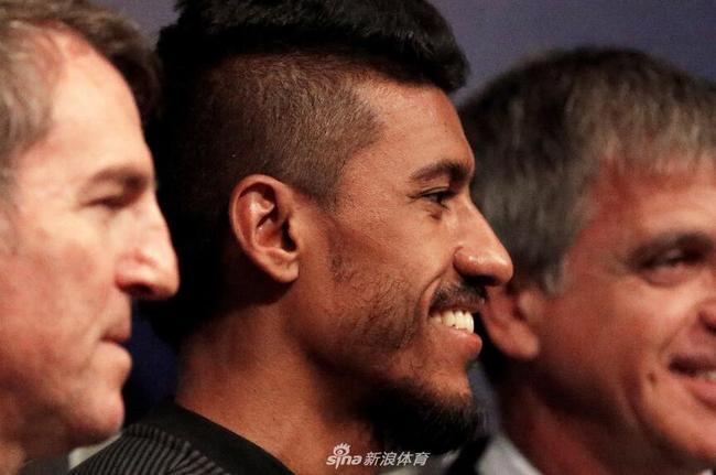 保利尼奥被巴萨记者当面质疑:能在欧洲立足吗?