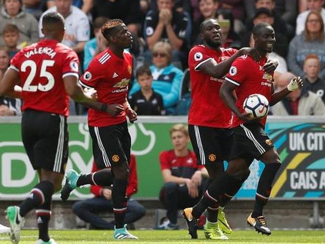 视频-卢卡库博格巴马夏尔连场破门 曼联4-0斯旺西