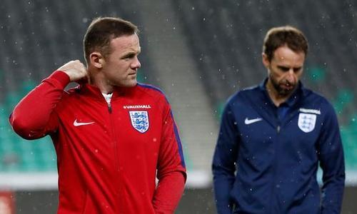 鲁尼抢先一步放弃英格兰