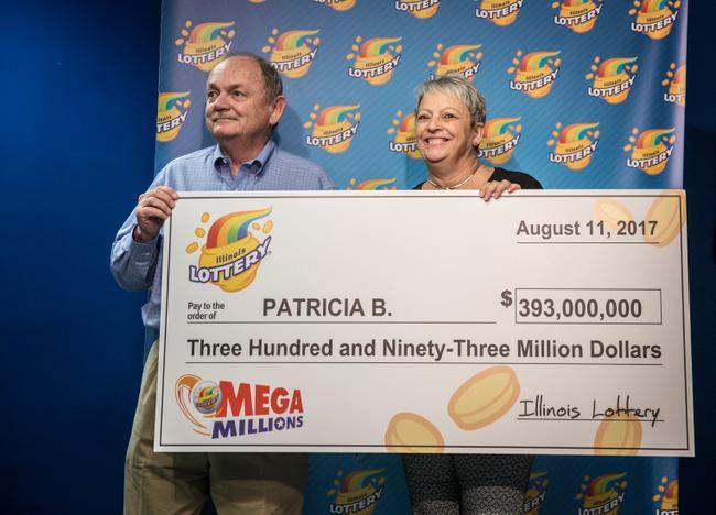 夫妇中26亿彩票巨奖称瞬间感觉灵魂出窍