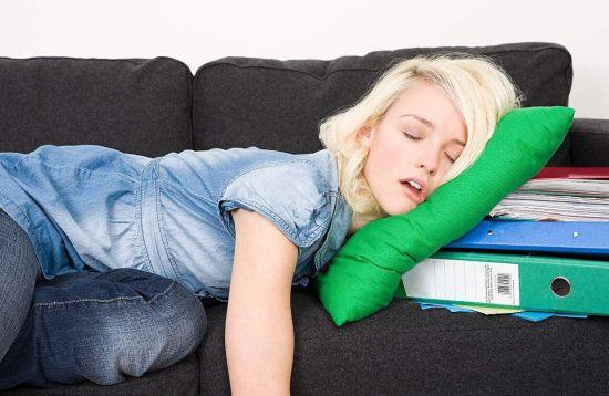 破产女子买彩中2500万翻身 曾穷到睡别人沙发