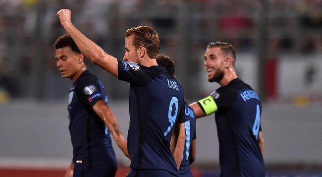 英格兰4-0客胜鱼腩
