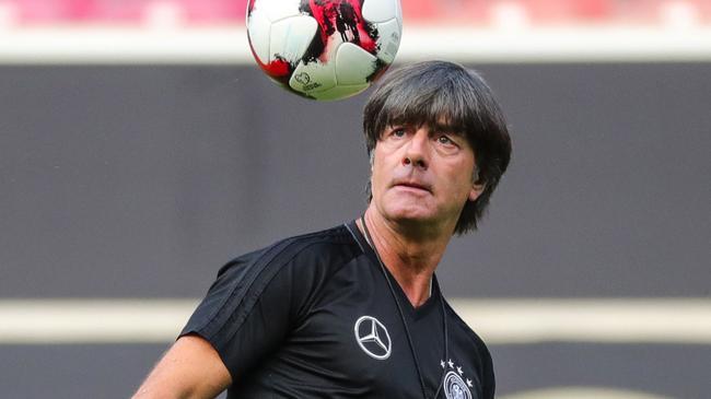 德国世预赛首发:厄齐尔携皇马大脑 穆勒出战