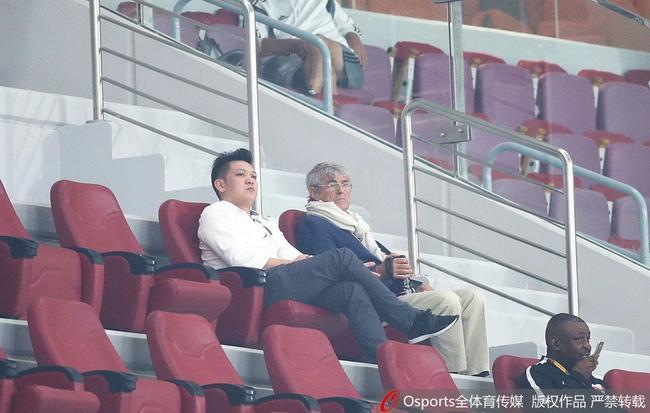 米卢:国足应为拥有郑智骄傲 欣慰球员展现的态度