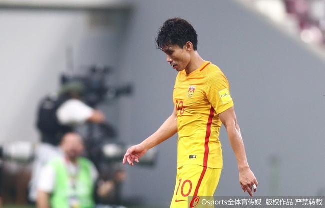 红牌谢幕!37岁郑智让人心疼 他仍是最值信任队长