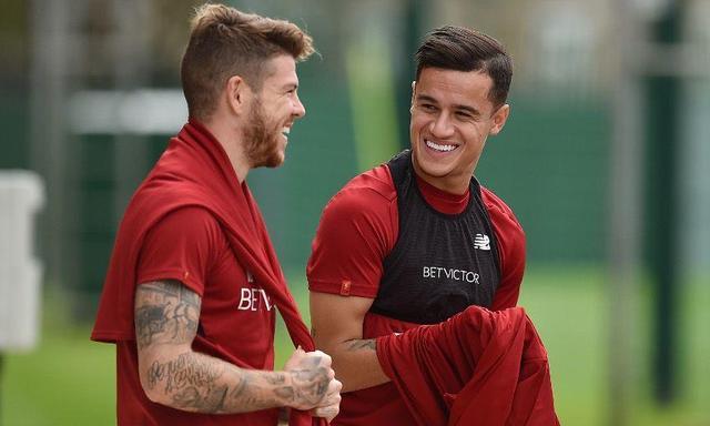 库蒂尼奥微笑回归利物浦!