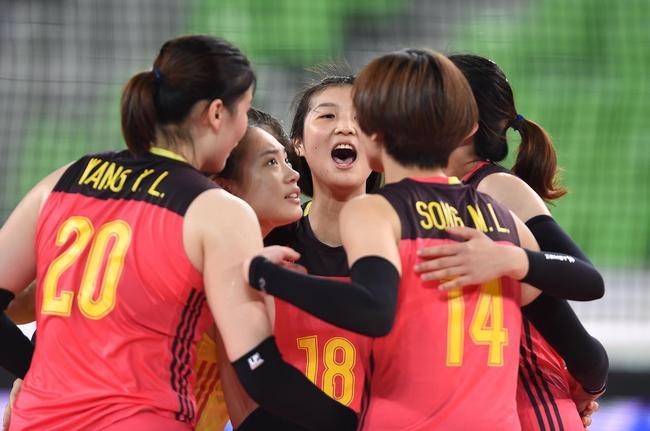 中国队庆祝