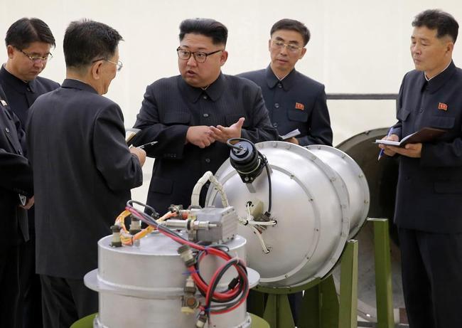 金正恩竟是曼联铁杆球迷 英报:核弹瞄准曼城瓜帅