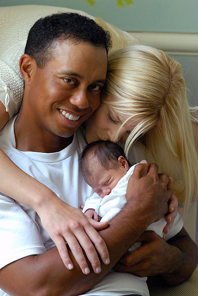 伍兹与艾琳刚刚迎来第一个孩子的诞生