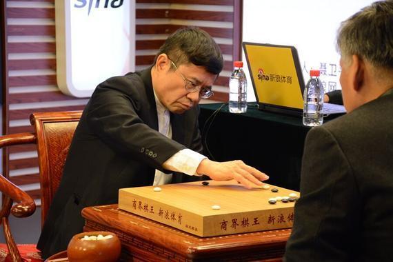 林文伯参加首届商界棋王赛
