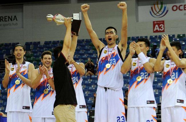 上海抵达新加坡打热身赛 张兆旭将PK韩国巨人!