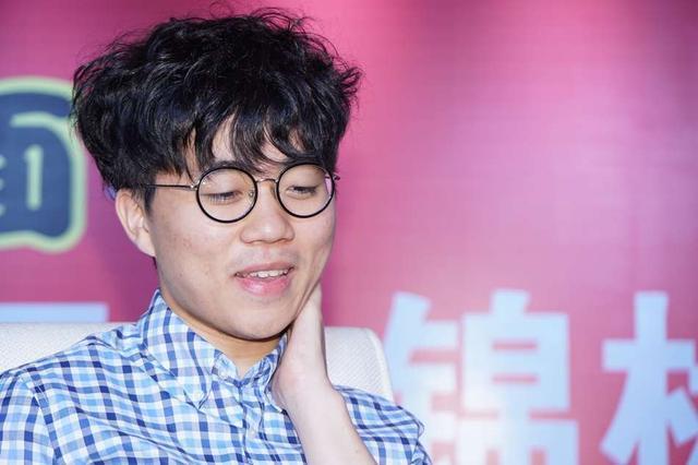 韩棋迷:韩国围棋气运回归 开赛5分钟进两球