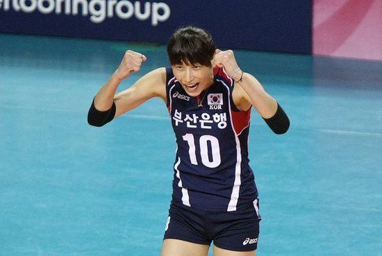 世预赛B组韩国女排全胜夺魁 携手泰国进军世锦赛