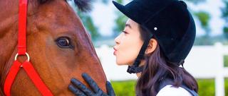 美人宋茜骑马装惊艳亮相
