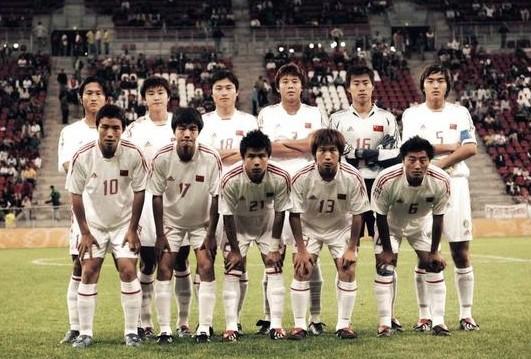 唏嘘!85一代冯潇霆黄金搭档 被伤病毁到踢香港联赛