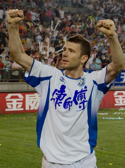 人物|顶级联赛出场最多的外援 如今他把北京当家