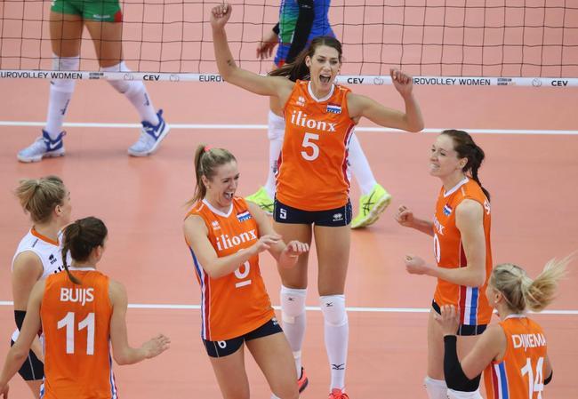 欧锦赛荷兰女排挫东道主进决赛 将与塞尔维亚争冠