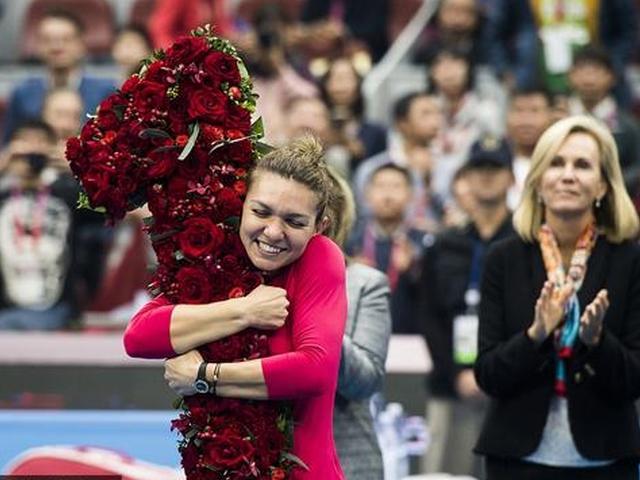 视频-来之不易!哈勒普中网登顶WTA世界第一