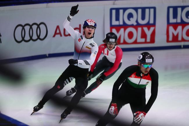 短道世界杯韩国包揽1500米两金 中国无人进决赛