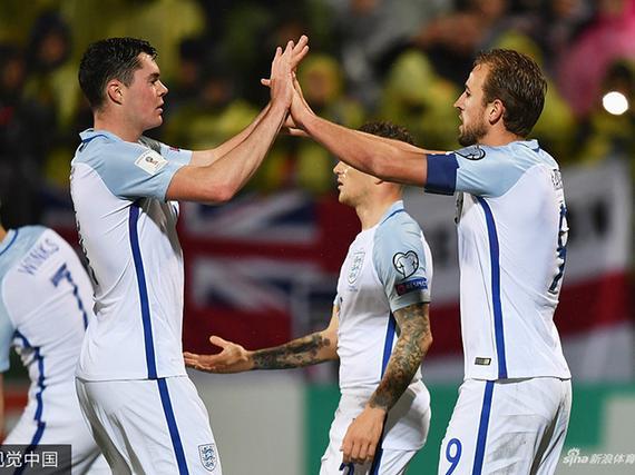 英格兰1-0不败出线