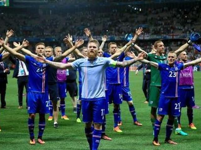 冰岛2-0首次进世界杯