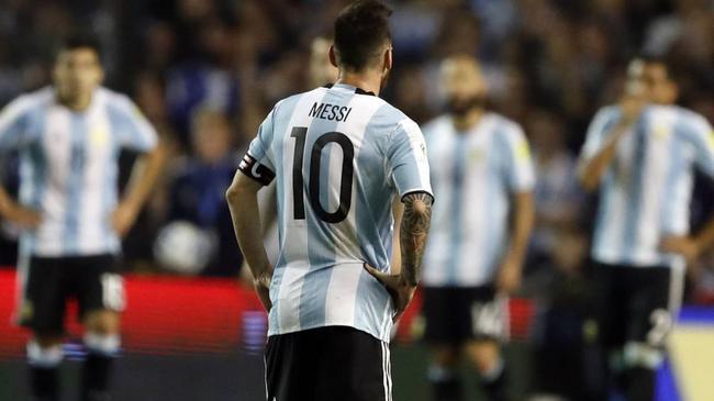 阿根廷名宿:马拉多纳球迷不希望梅西踢世界杯