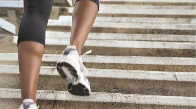 教你如何给小腿做个大保健 轻松畅快跑步还不受伤