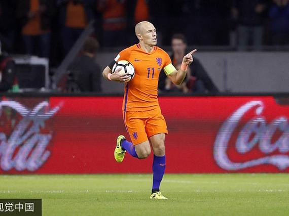 荷兰2-0仍无缘世界杯