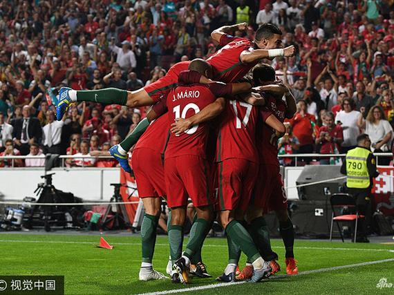 葡萄牙2-0瑞士头名出线