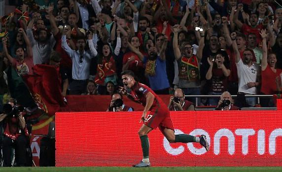 葡萄牙2-0瑞士 9连胜头名出线
