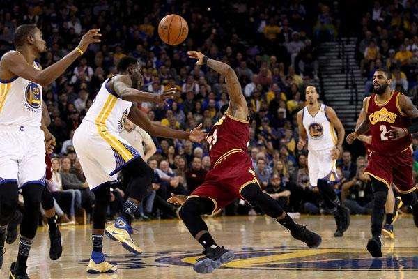 扒一扒|NBA欠你们一座小金人!这些影帝毁三观