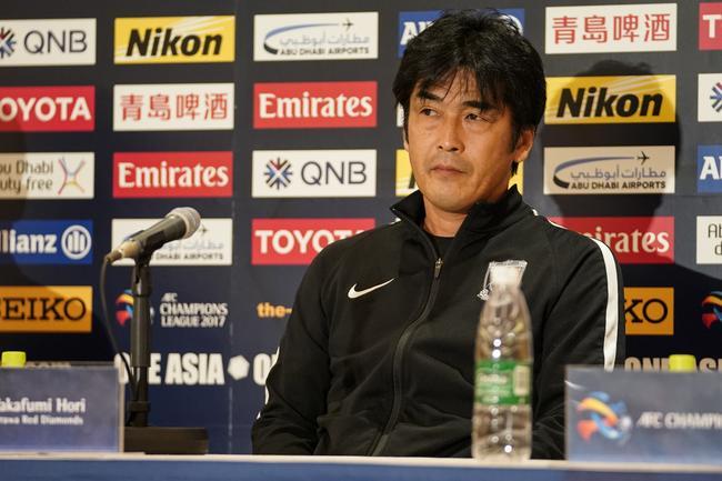 浦和主帅:要代表日本打出风采 上港证明自身价值