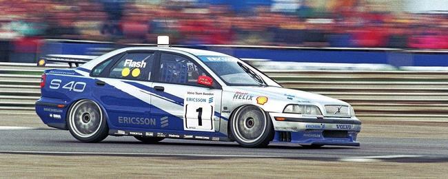 沃尔沃S40参加瑞典房车锦标赛(1998)
