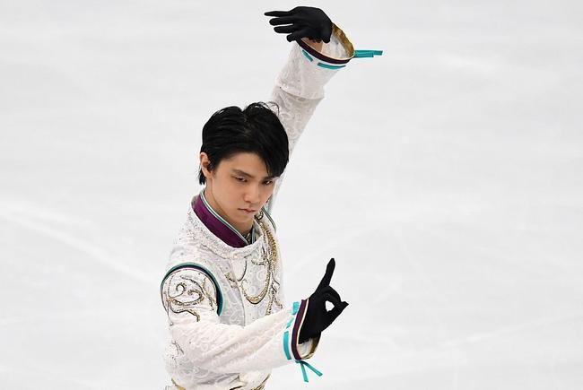 花滑大奖赛羽生结弦自由滑失误 华裔小将夺冠